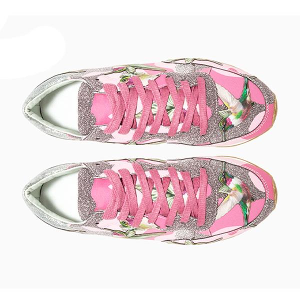 Women's Low Top Sneakers (6)