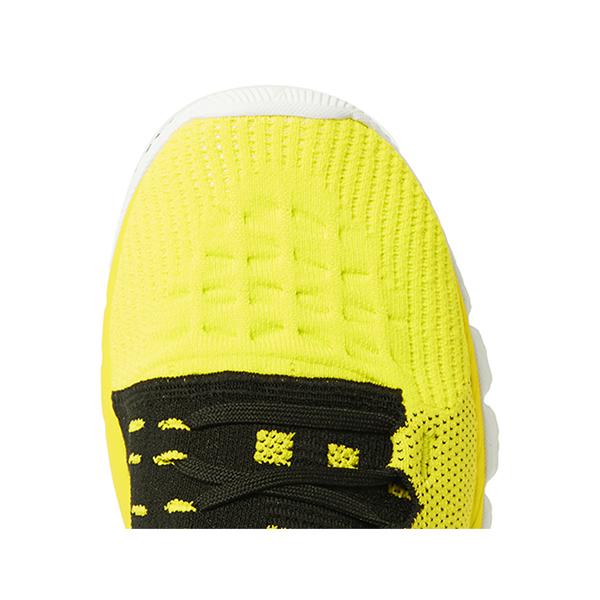 Road Runner Sneakers (6)