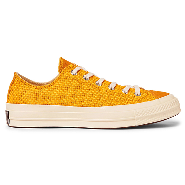 Canvas Low Top Sneakers (4)